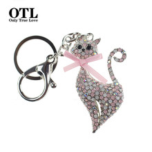Crystal Rhinestone Key Ring Metal Cat Keychain Souvenir Gifts Couple Key Chain Novelty Hangbag Charms Pendant Portachiavi(China)