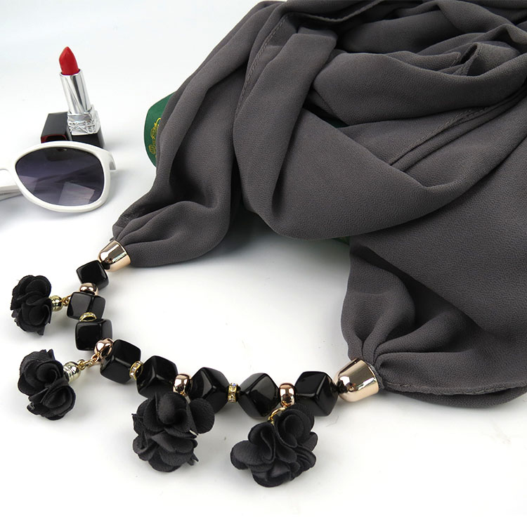 KMVEXO 2018 Autumn Winter New Geometric Beads Necklaces Flowers Pattern Wrap Statement Scarf Necklace For Women Bohemian Jewelry 9
