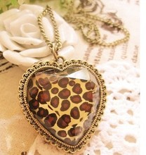 Restore ancient ways jewelry leopard heart-shaped necklace