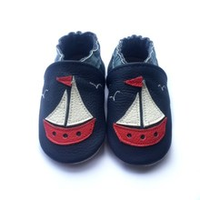 china manufacture soft sole genuine leather first walker shoes high quality low MOQ leather kids shoes(China)