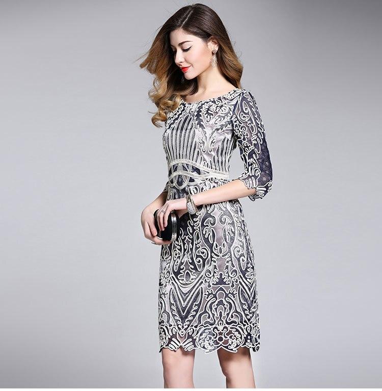 Платье женское элигантное. фото