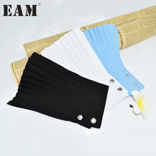 [EAM] 2018 spring fashion new Korean solid color white blue black pleated buttons False cuff oversleeve all-match ASS30080(China)