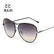BULUN Brand Designer Vintage Oversized Sunglasses Women Outdoor Shopping Driving Sun Glasses Metal Frame Retro Eyewear Oculos(China)