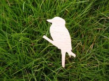 bird standing on a branch waiting wood brooch welcome mix buying(China)