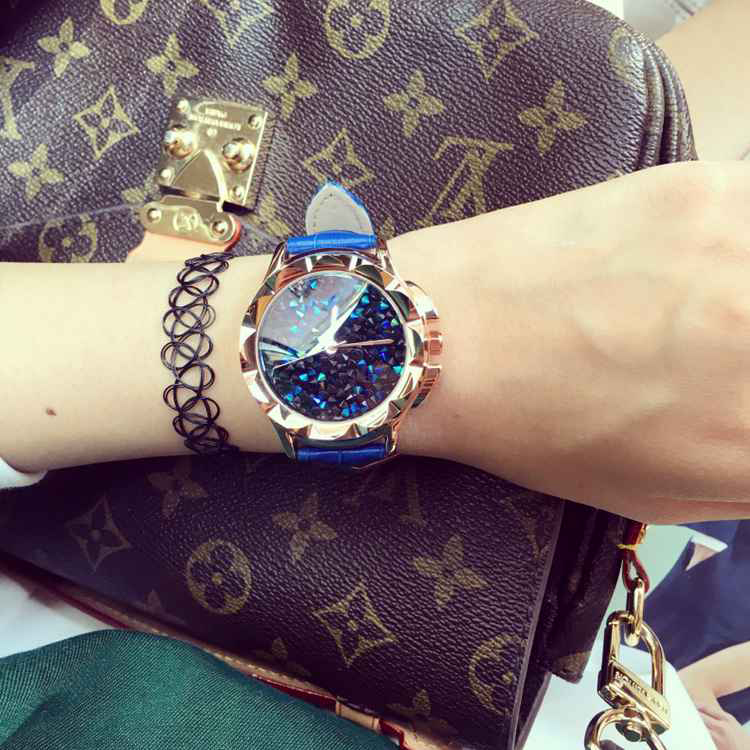 Female Watch Quartz-watch High-Grade Leather Strap Ladies Watch Blue Diamond Face Carved Case Fashion Watches Women<br><br>Aliexpress