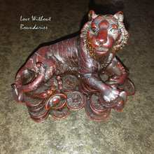 Sculpture Tiger, Rich tiger, make a fortune, Home decorations, size: 11.5cm x 7.5cm x 8cm, weight 400 gram(China)