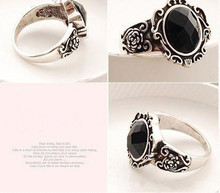 Hot Fashionable Trendy Rings Women Ladies Fashion Carved Vintage Imitate Black Onyx Ring Jewelry Special Designed Elegant Rings