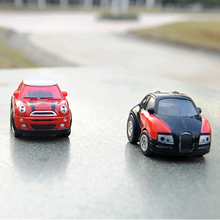 Mini rc cars with Cool 5cm tiny model radio remote control Shock Resistant funny racing toys for children kids boys random color