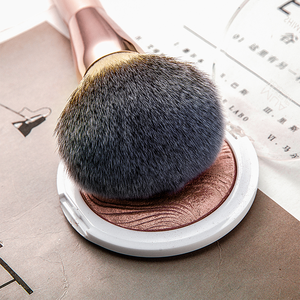 Kabuki Foundation Makeup Brush 21