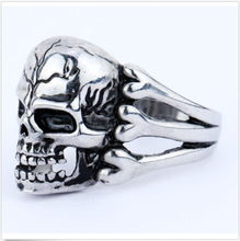 2015 Man's Ring Gothic Men's Skull Flower Biker Zinc alloy Ring Man fashion rings Free shipping