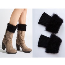 Ubetoku Women's fashion warm knitted feather yarn leg warmer short fake fur boot cover(nwt26)(China)