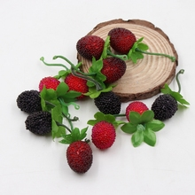 10pcs Cheap Fake Fruit Glass Strawberry Christmas Red Cherry Stamen Mini Berries Artificial Flower Pearlized Wedding Decoration