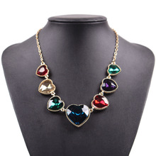 2017 Fashion New Cheap Gold Chain Colorful Crystal Pendant Statement Heart Necklace Jewelry For Girls
