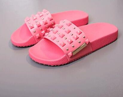 2017 summer newest rivets studded woman slippers sexy open toe crystal embellished flat sandal spikes shoes pink <br>