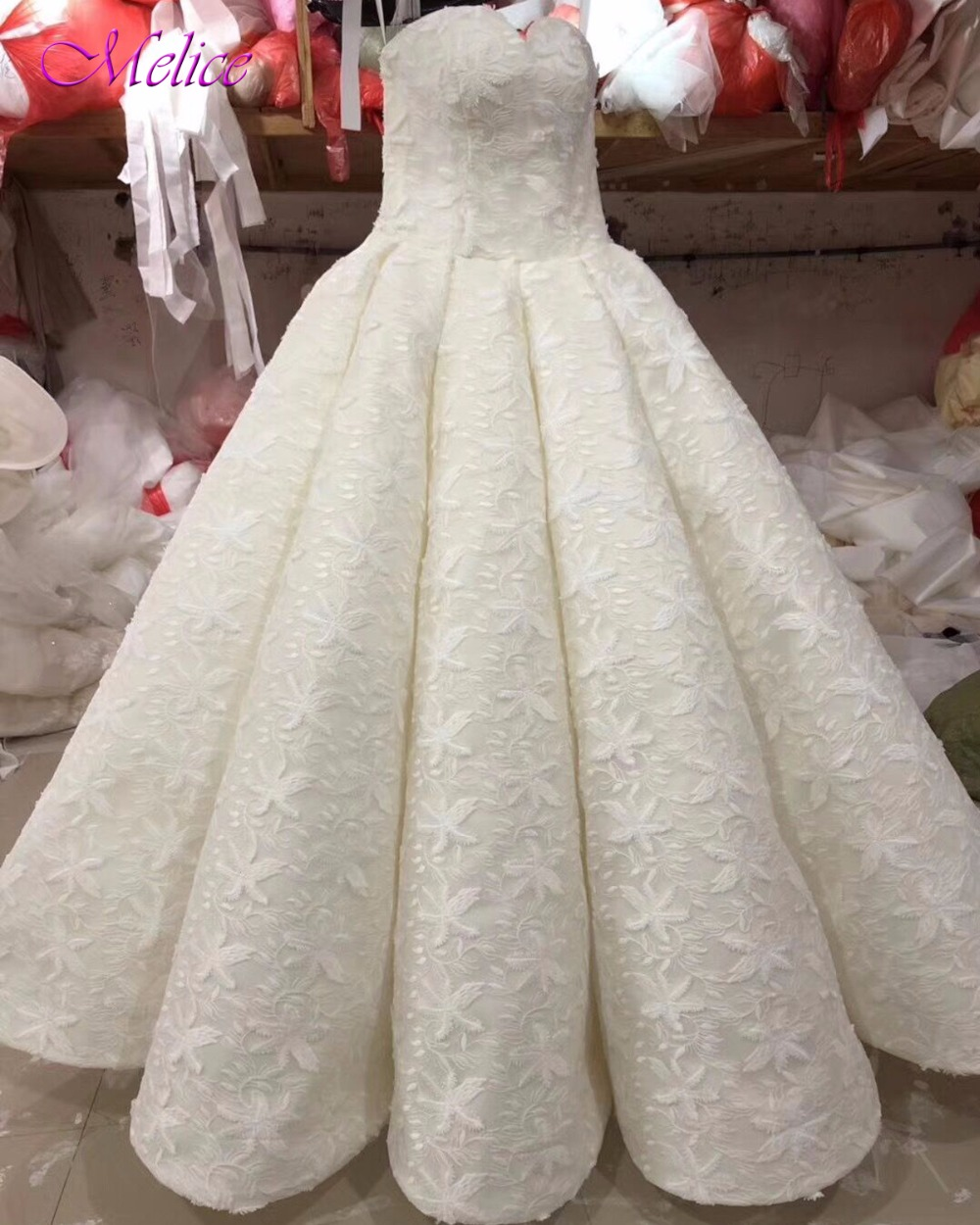 Melice Elegant Strapless Shoulder Ball Gown Wedding Dresses 2017 Glamorous Lace Chapel Train Bride Gown Vestido de Noiva