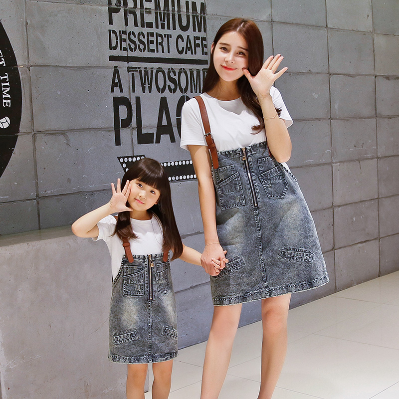 2017 denim dress mother and daughter clothes family set white t-shirt women korean style jean suspender dress children clothing<br><br>Aliexpress