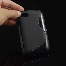 TPU Soft Gel S-Line Wave Anti-skid Rubber Matte Cover Case Skin For Blackberry Bold 9720