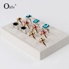 Oirlv Free Shipping Modern Engagement Ring Display Tray Collection Custom Beige Jute Ring Holder Stand For Trade Show Expositor