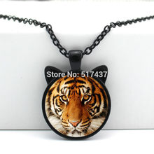 2017 New hot New Tiger Pendant Tiger Necklace Tiger Glass Jewelry Glass Photo Pendant Necklace CN-00478