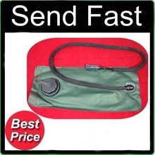 2.5L Green hydration bladder pouch reservoir with black cap(China)