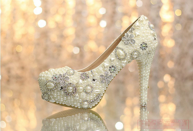 Luxurious 12cm High Heel Ecru White Party Prom Shoes Popular Shoes women Elegant Wedding Bridal Shoes with Imitation Pearl<br><br>Aliexpress