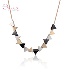 Onnea Womens Fashion Simple Clavicle Chain Necklace Gold Color Geometric Triangle Choker Fake Collar Necklaces Neckless Jewelry