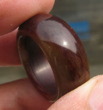 free shipping 11737      vintage natural deep red onyx  hand carved band ring