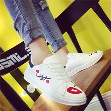 WOLF WHO Women Flats Shoes Platform Sneakers Korean White Footwear Hand-Painted Espadrilles Zapatillas Casual Shoes Women 2017(China)