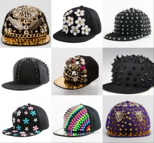 High quality snap back hats wholesale new fashion fuchsia black metal QUEEN girl baseball cap brand women hip hop snapback caps