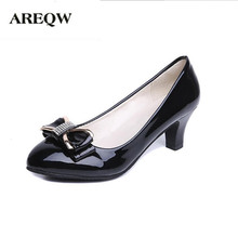 AREQW 2017 spring new Bow tie and middle heel leather shoes woman round head and large size diamond shoes wild work shoes female