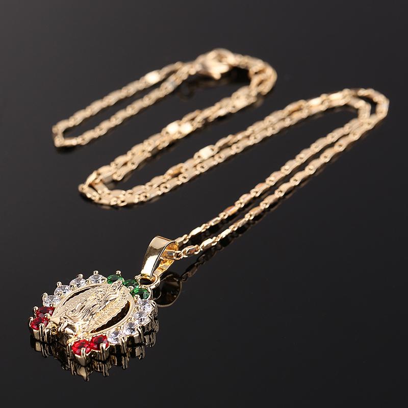 Necklaces (8)
