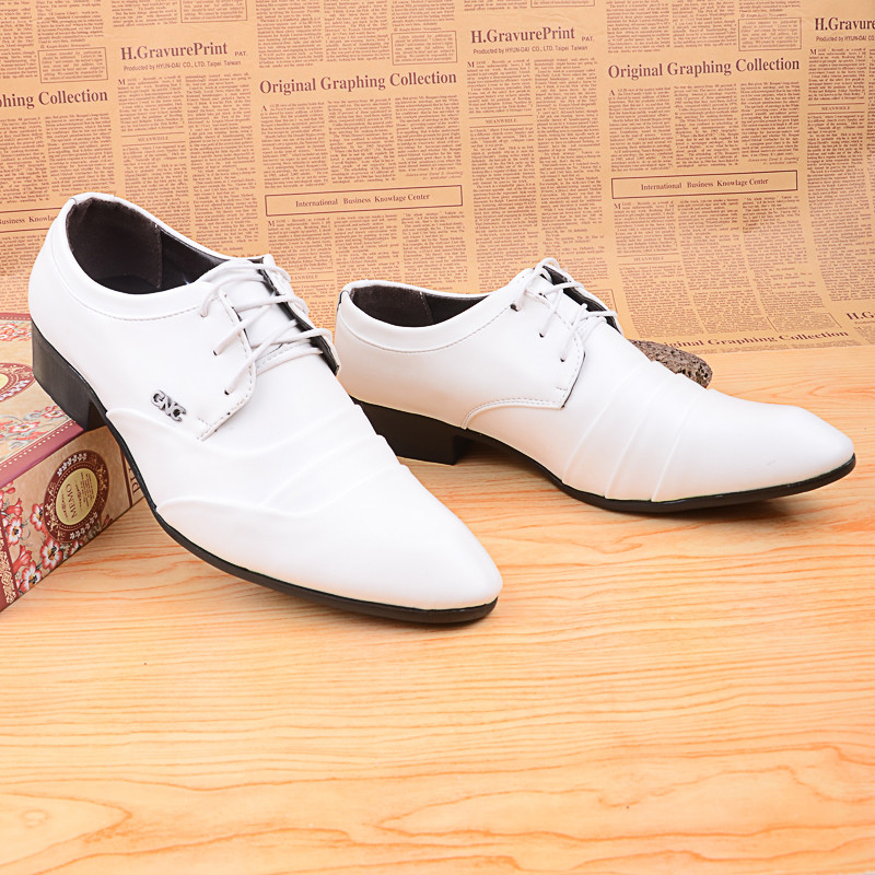 Fashion Men Shoes Wedding Shoes Dress Men Flats White Pointed Toe Leather Lacing Married Leather Men Casual Shoes Fashion<br>