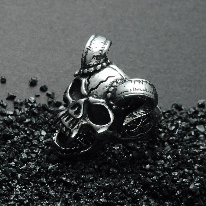 แหวนโคตรเท่ห์ 002 แหวนกะโหลกราชาแวมไพร์ 3