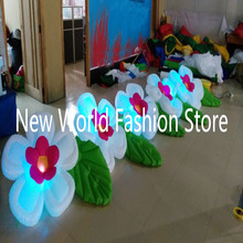 2pcs/Lot led christmas light changing giant inflatable flower chain for wedding decoration(5m)(China)