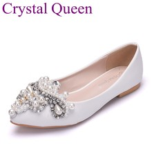 Crystal Queen Pearls Flower Flats Women Pointed Toe Ballet Flats flat heel  Women Wedding Shoes White Casual Weeding Shoes 1fd85b8dc909