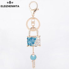 Gold Metal Charm Crystal Lock Key Keychain Couples Valentine Day Gift Ladies Women Bag KeyRing Car Key Chain Pendant Llaves