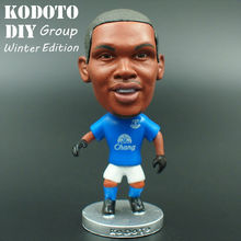 Kodoto classic 6.5*3.5 cm size resin Soccer Doll Everton 5 eto'o toy Figure Office Doll in blue Kit(China)