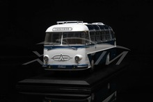 Diecast Bus Model Soviet Union Russian LAZ-697E Tourist 1:43 (White/Blue) + SMALL GIFT!!