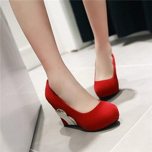 New Korean Elegant 2016 Spring Autumn Ladies Faux Suede Glitter Platform Wedge High Heels Pumps Woman Slip On Dress Shoes<br><br>Aliexpress