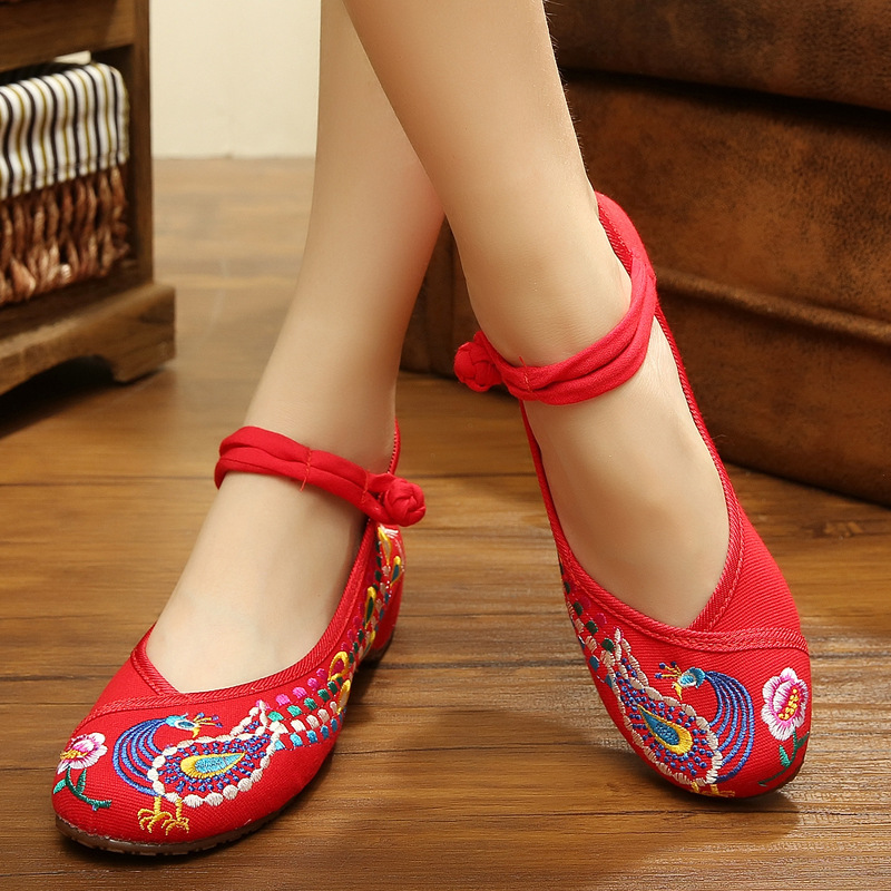 Fashion Old Peking Cloth Shoes Mary Janes Flats Embroidery Shoes Size 34-40 Chinese Style Shoes Woman zapatos de mujer 2016<br><br>Aliexpress
