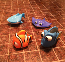 4PCS/Lot Kids Finding Nemo Bath Toys Soft Rubber Floating Water Spray Bathing Dolls Toys for Children(China)