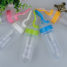 1 Piece convenience Baby Rice Cereal Spoon Silicone Material Multi-founction Infant Dosing spoon feeding bottle