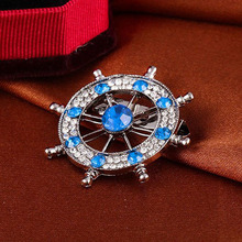 New Design Crystal Jewelry Brooches Badge Navy Anchor Rudder Crystal Neutral Suit Collar Dress Shirt Collar Pin Retro Brooch