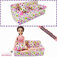 Doll Cute Miniature Flower Cloth Sofa + 2 Cushions House Furniture For Barbie Dolls Kid's Play House Toys Doll Accessories Gift