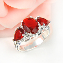 Fashion Accessories Western Style Engagement Rings Red Crystal Antique Rings For Women Silver Colr Jewelry r0834(China)