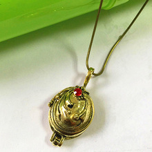 High Quality Wholesale Accessories Movies Vampire Diaries Elena Verbena Can Open Pendant Necklace Jewelry