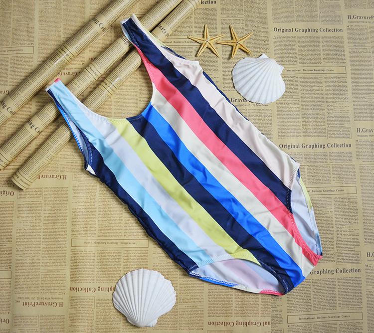 Multicolor One-Piece Suits Swimwear Bikinis Set 15