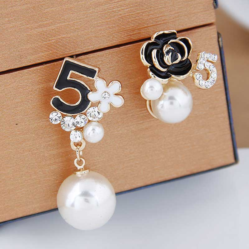 High Quality Fashion Earing letter flower earrings Chain Famous Brand Designer Luxury title=