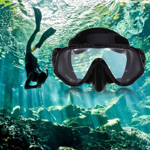 2017 New Arrival Diving Protective Silicone Skirt Strap Snorkel Mask & Goggle with Great Vision&Tempered Glass Diving Set(China)