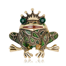 Animal brooches pin snails butterfly bee Frog Fish Corsage costume Jewelry accessories For Women wedding Family Gift Decorations